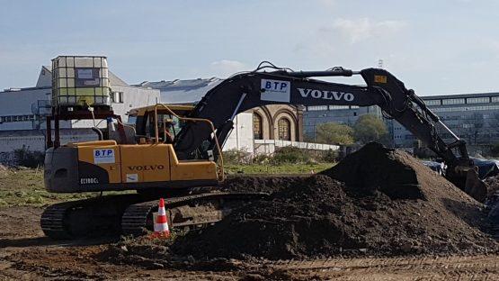 VolvoEC180_3